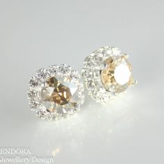 Champagne earringChampagne crystal by #EndoraJewellery on Etsy, $30.00