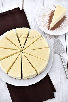 Sernik nowojorski Cake Recipes, Cheesecake, Food And Drink, Baking, Sweet, Cook, Kitchen, Candy, Cooking