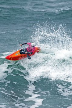 Where To Find The Best Destinations For White Water Kayaking - Kayak Sherpa Surf Kayak, Kayak Paddle, Kayak Fishing, Fishing Boats, Whitewater Kayaking, Canoeing, White Water Kayak, Kayaking Tips, Kayak Adventures