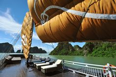 And the fantastic Paradise dining touch: a lavish barbecue will be arranged on the Sundeck for dinner. The sundeck of Paradise Peak is the largest of our entire fleet. You can laze in the sun and enjoy a priceless 360°C view onto the beauties of Halong Bay.