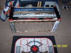 Hockey stick bench....great idea!!!