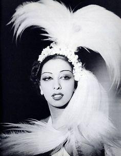 Josephine Baker—–LOVE HER!!!!
