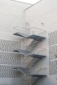 darquitectura: Peter Zumthor, Kolumba Photo: Kenta Mabuchi