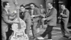 #102 ❘ Rock around the clock ❘ 1954 ❘ Bill HALEY (1925-1981) & His Comets