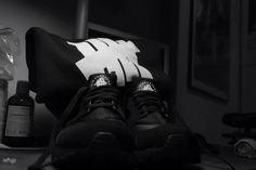 "Nike huarache ""triple black"" + undefeated"