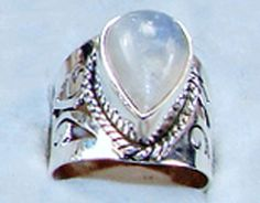 Sterling Silver Moonstone Ring Women's Jewelry, Womens Jewelry Rings, Moonstone Ring, Sagittarius, Weights, Birthstones, Sterling Silver Rings, Gemstone Rings, Cancer