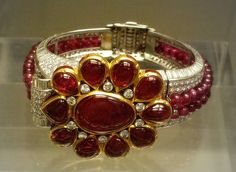 Cartier Ruby and diamond bangle, 1937