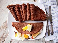 hot chocolate pancakes / crepes de chocolate caliente