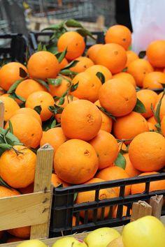 Oranges at Lo Capo market ,Palermo Sicily