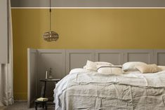 Dit wil je zien: dít is de kleur van het jaar 2021 van Flexa - Roomed Dulux Paint Colour Of The Year, Color Of The Year, Behr Colors, Wall Colors, Trending Paint Colors, Old Wallpaper, Paint Brands, Minimalist Room, Zara Home
