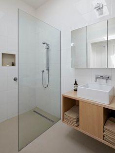 Белая ванная комната дизайн http://www.design-hub.ru/belaya-vannaya-komnata-dizajn/