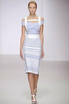 Come vestirsi per le cerimonie di primavera: libere con stile