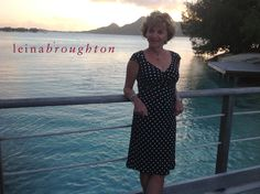 Christiane wearing the LB Polka dot wrap in Tahiti. She looks so beautiful and so effortless... the perfect combo :-)