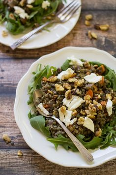 Toasted walnuts and fresh goat cheese make this classic French Lentil Salad a special treat! | @wanderlustkitch // vegetarian, gluten free