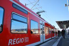 Die modernen Triebwagen des Typs ET425 verkehren stündlich zwischen Aachen und Heinsberg.