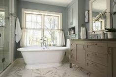 Google Image Result for http://st.houzz.com/simgs/8121ad340ee78cc8_4-2509/traditional-bathroom.jpg