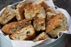 I have been stuck on one favourite rusk recipe forever (which I will do a post about because they are amazing and I have toshare),but last week I came across this recipe in 'Home Bakes' which se...
