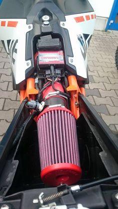 Ktm 690, Motorcycle Engine, Motorcycle Design, Ktm Motorcycles, Duke, Pirates, Abs, Orange, Motorbikes