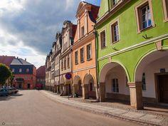Chełmsko Śląskie. Rynek. Places To Visit, Country, Architecture, Travel, Beautiful, Poland, Arquitetura, Viajes, Rural Area