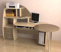 Компьютерный стол с тумбой, надстройкой и приставным модулем.