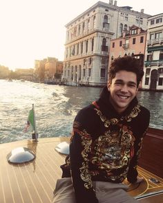 """199k Likes, 1,844 Comments - Austin Mahone (@austinmahone) on Instagram: """"I can cross Venice off the list now Grazie Baci"""""""
