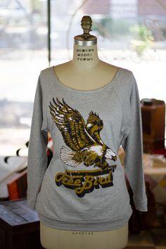 Free Bird Sweatshirt on bourbonandboots.com #freebird #skynard #classicrock #fallfashion