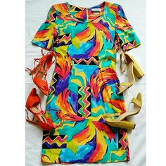 Abstract Vintage Dress ??Vintage Dress?? -100% Rayon  Condition: Excellent  Size: 10... fits more like an 8 (waist: 28in., hips: 35.5 in., Bust: 36 in.) Vintage Dresses