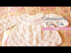 Casaquinho de tricô Folhas com fita | Casaquinho Leaf – Tricotando Crochê Baby Knitting, Kids Fashion, Make It Yourself, Videos, Youtube, Knitted Baby Clothes, Crochet Baby Dresses, Kids Coats, Pink Trench Coat