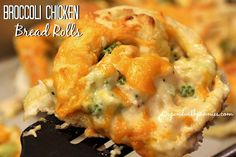Broccoli Chicken Bread Rolls Love it?  Pin it to your dinner board to SAVE it! Follow Spend With Pennies on Pinterest for more great recipes! These were absolutely delicious! Broccoli and chicken in a creamy cheesy cheddar sauce rolled in bread dough!  These are cut just the way you would cut cinnamon rolls and baked …