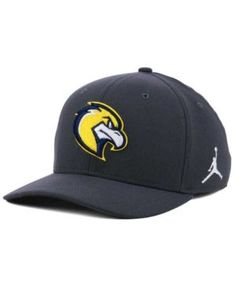 newest collection ddc31 5e508 Marquette Golden Eagles Anthracite Classic Swoosh Cap