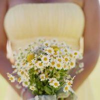 Flowers & Decor, Real Weddings, Wedding Style, yellow, Bridesmaid Bouquets, Modern Real Weddings, Rustic Real Weddings, West Coast Real Weddings, Eco-Friendly Real Weddings, Eco-Friendly Weddings, Modern Weddings, Rustic Weddings, Rustic Wedding Flowers & Decor