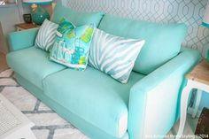 Sala de estar em azul e branco