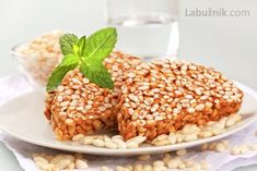 Burizony v karamelu Butterscotch Squares Recipe, Sweet Tooth, Cereal, Beans, Vegetables, Breakfast, Christmas Recipes, Food, Detail