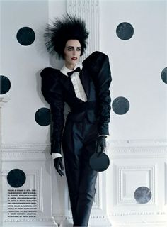 #Queerfashion Tim Walker does Klaus Nomi for Vogue Italia Sept 2009.