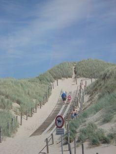 strand Bakkum, feestje zondag......
