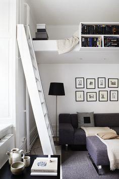 Loft vardagsrum stege konst lampa