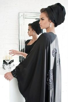 Turban envy. Not to mention that she's gorgeous. Middle Eastern fashion.