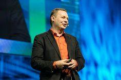 Nick Halstead fundador de DataSift ha estado en el corazón de la economía del compartir por cinco años; él es el creador del primer botón social para compartir y creó un negocio gracias a la data que generaba.
