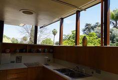 家具や空気感からはじめるミッドセンチュリーな家づくりをミッドセンチュリーハウスがサポートします。一級建築士や工務店もご紹介できます。名古屋でビンテージ家具と共にイメージを膨らませてみませんか。