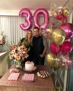 40th Birthday Themes, Happy Birthday Decor, Simple Birthday Decorations, 25th Birthday Gifts, Gold Birthday Party, Golden Birthday, 18th Party Ideas, Birthday Girl Pictures, Fiesta Theme Party