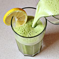 Detox Smoothie. Recipe with step-by-step pictures...
