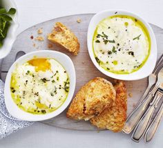 These creamy, indulgent eggs are baked in individual ramekins with cream, cheese and tarragon - perfect for a lazy weekend brunch Diet Soup Recipes, Bbc Good Food Recipes, Brunch Recipes, Healthy Dinner Recipes, Breakfast Recipes, Healthy Snacks, Cooking Recipes, Healthy Brunch, Breakfast Quiche