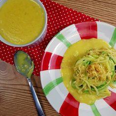 ue tal preparar um Espaguete de Abobrinha ao Molho FIT de Queijo?