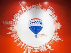 R4 logo, RE/MAX balloon.  |  BombBomb Video Email Marketing Software: www.BombBomb.com