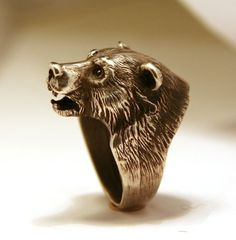 Sterling silver bear head ring // Wow! Now THIS is Baylor Proud!
