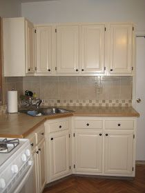 Will you consider cabinet refacing ideas? if you're looking to give your cabinets a refacing, have a look at these primary Kitchen Cabinet Refacing Ideas. Cream Kitchen Cabinets, Refacing Kitchen Cabinets, Cabinet Refacing, Painting Kitchen Cabinets, Refinish Cabinets, Farmhouse Cabinets, Grey Cabinets, Cabinet Makeover, Cupboards