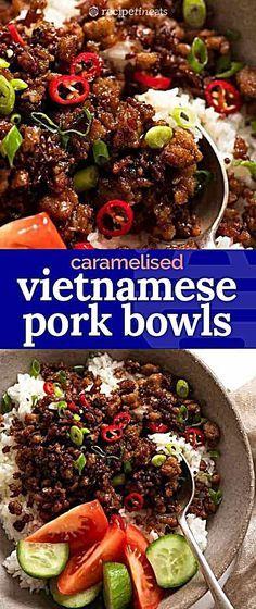 Vietnamese Caramelised Pork Bowls – Meet your new favourite pork mince recipe – Vietnamese Caramelised Pork Bowls! A super fast pork – - Vietnamese Caramelised Pork Bowls - Meet your new favourite pork mince recipe . Pork Bowl Recipe, Mom's Recipe, Quick Stir Fry, Pork Stir Fry, Pork Mince, Cooking Recipes, Healthy Recipes, Healthy Food, Asian Food Recipes