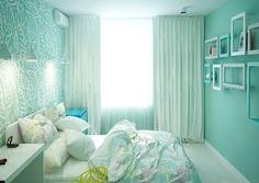 kleines Schlafzimmer in Mintgrün und Weiß