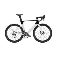 2020 Cannondale SystemSix Carbon Ultegra Road Bike in White Mountain Bike Shoes, Mountain Bicycle, Mountain Biking, Beginner Triathlete, Six Models, Mtb Shoes, Road Bike Women, Cargo Trailers, Bicycle Maintenance