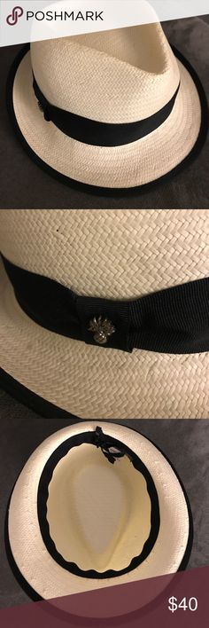 Tommy Bahama - Fedora Hat Perfect condition - only used once. Tommy Bahama stylish fedora hat. Tommy Bahama Accessories Hats
